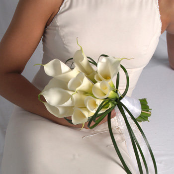 MEDIUM CALLA LILLY BRIDAL HAND TIE