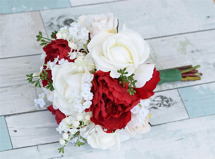 SMALL ROSE AND CARNATION BRIDAL POSY