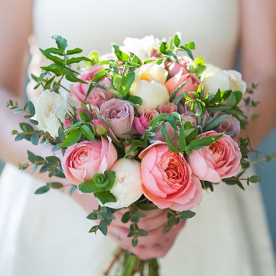MIXED ROSE BRIDAL HAND POSY
