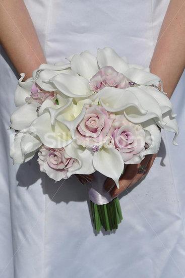 CALLA LILLY AND ROSE BRIDAL POSY
