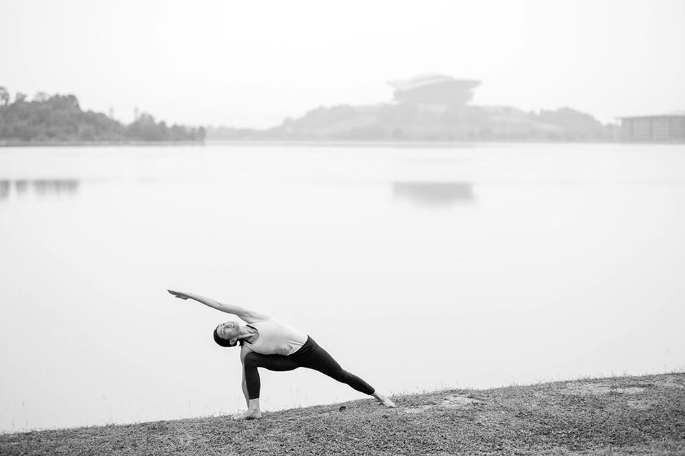 yoginijourney_carrinfb2.jpg
