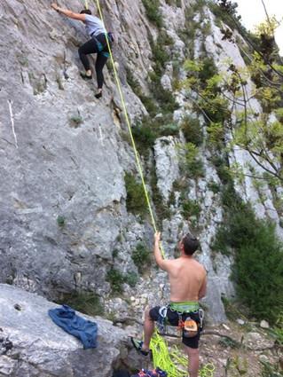 Escalade dans les Alpilles