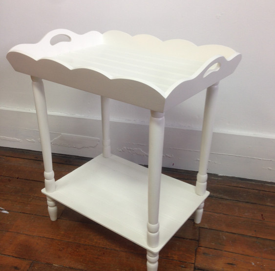 Tray table in White Dove