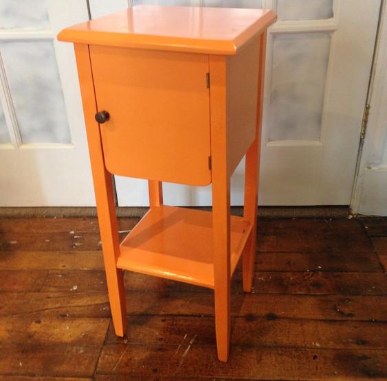 Smoking Cabinet in Carrot Stick