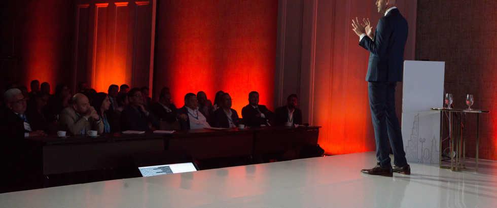Deepak Daswani - Conferencia de Ciberseguridad en la Era de la Revolución Digital - Monitor Plus User Conference 2019