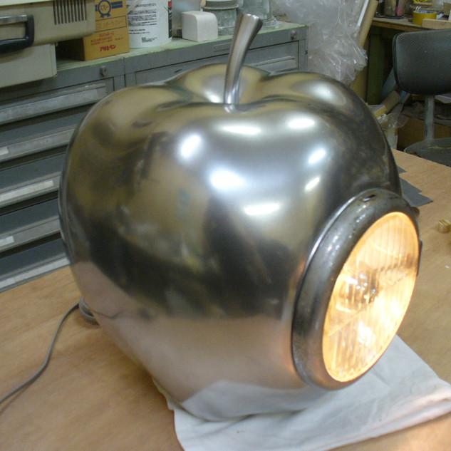 メッキ調リンゴ