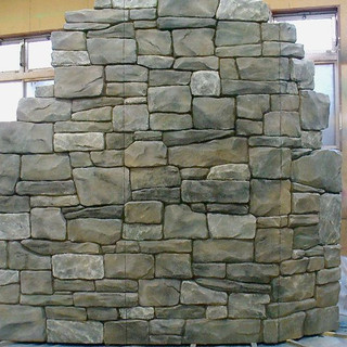 店舗ディスプレイ/石積み壁