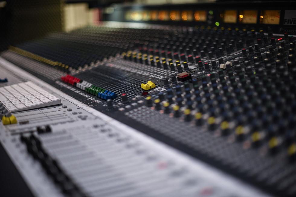 Southhill studio Mixing
