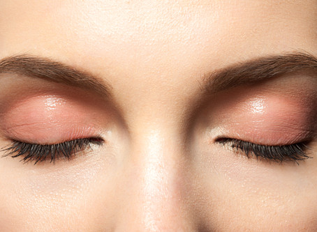 Eyebrow Tinting: 4 Reasons Why You Should Be Doing It