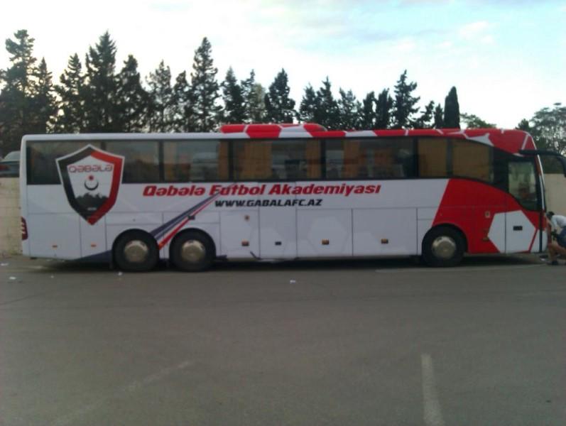 qabala avtobus reklam