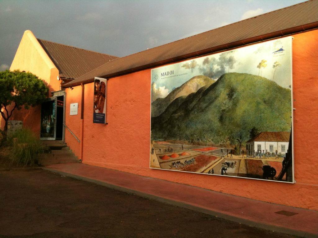 MUSÉE DES ARTS DÉCORATIFS -MADOI-