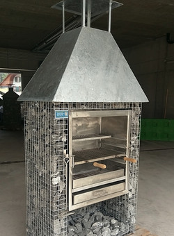 Steinkorb Holzofengrill