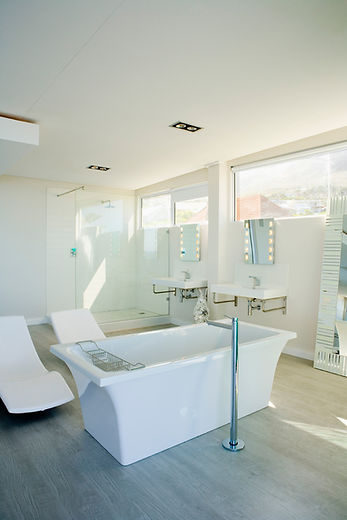 Drop The Mop Property Owners Cleaning service - Spotless White Bathroom