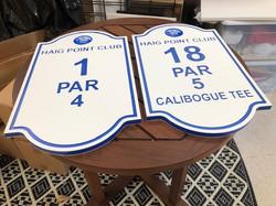 Golf course custom par signs
