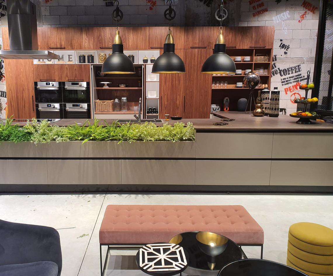 עיצוב אולם תצוגה- מטבחי הדקל