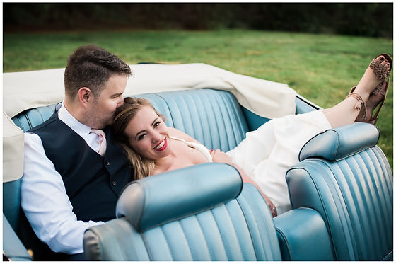 Departing in a vintage car. We have the wedding connections