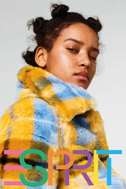 Esprit / Flora Carter