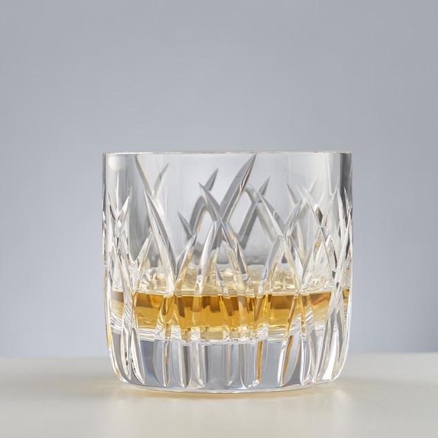 Whiskey tumbler