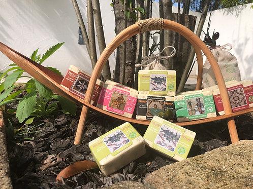 〈  トルコのオイル石鹸 5個セット 〉ローズ・ジュニパー・シナモン・イラクサ・クローブ 自然派スキンケアソープ 無添加100% 全身使える!