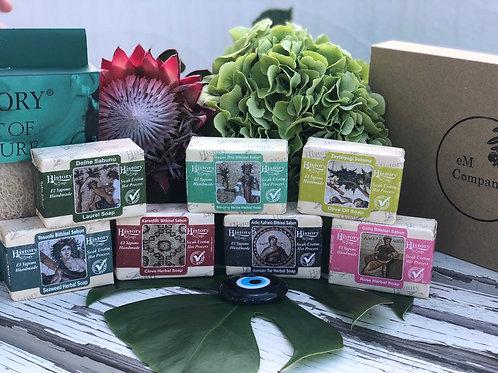 パンプキンファイバー付!〈  トルコのオイル石鹸 8個セット 〉 自然派スキンケアソープ 無添加100% 全身使える!
