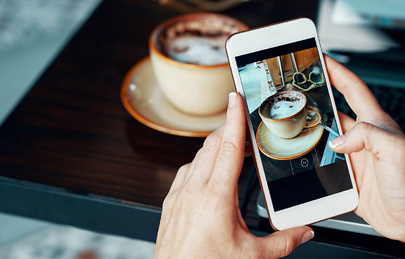 PointofSale-taking-picture-of-coffee-Use
