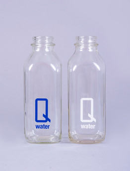 Q water - Classic Milk Jug blue and whit