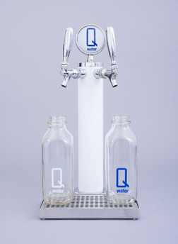 Q water tower white with Classic Milk ju
