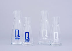 Q water .5 and 1 litre decanter - white