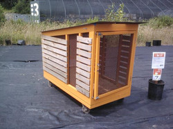 mobile-chicken-coop-and-tractor-by-make-design-studio_11430724075_o