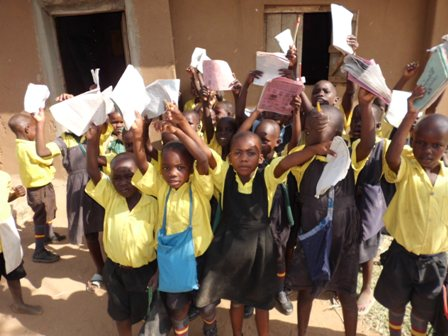 children-with-notebooks_11429810024_o