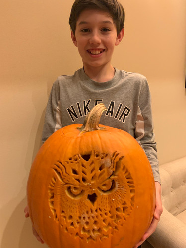Lukas Pumpkin Carving Master 1