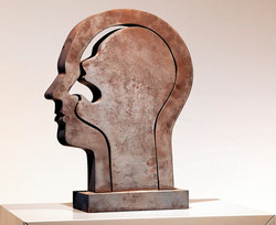 DARINGER Kunstmuseum_Skulpturen_DoppelkopfMetall