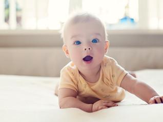 Los bebés aprenden a moverse solos