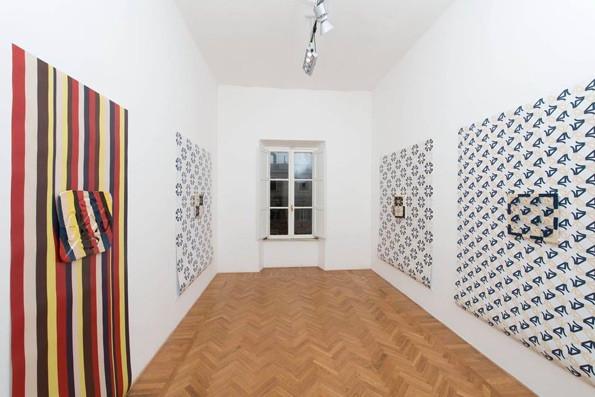 Installazione Tappezzeria.jpg