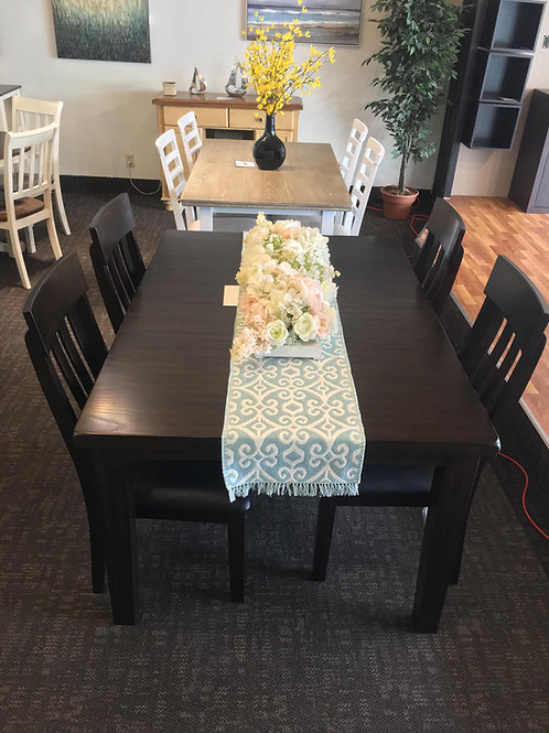 Haddigan 5 Piece Dining Room