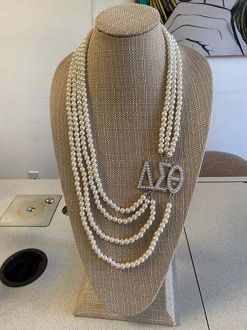 Delta Pearl Necklace