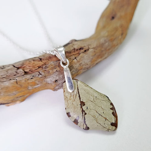 Beach Pebble Necklace - Leaf