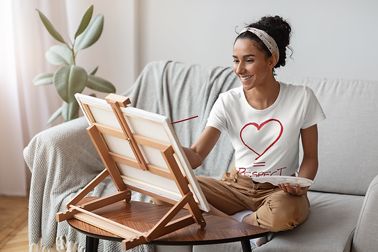 t-shirt-mockup-featuring-a-woman-paintin