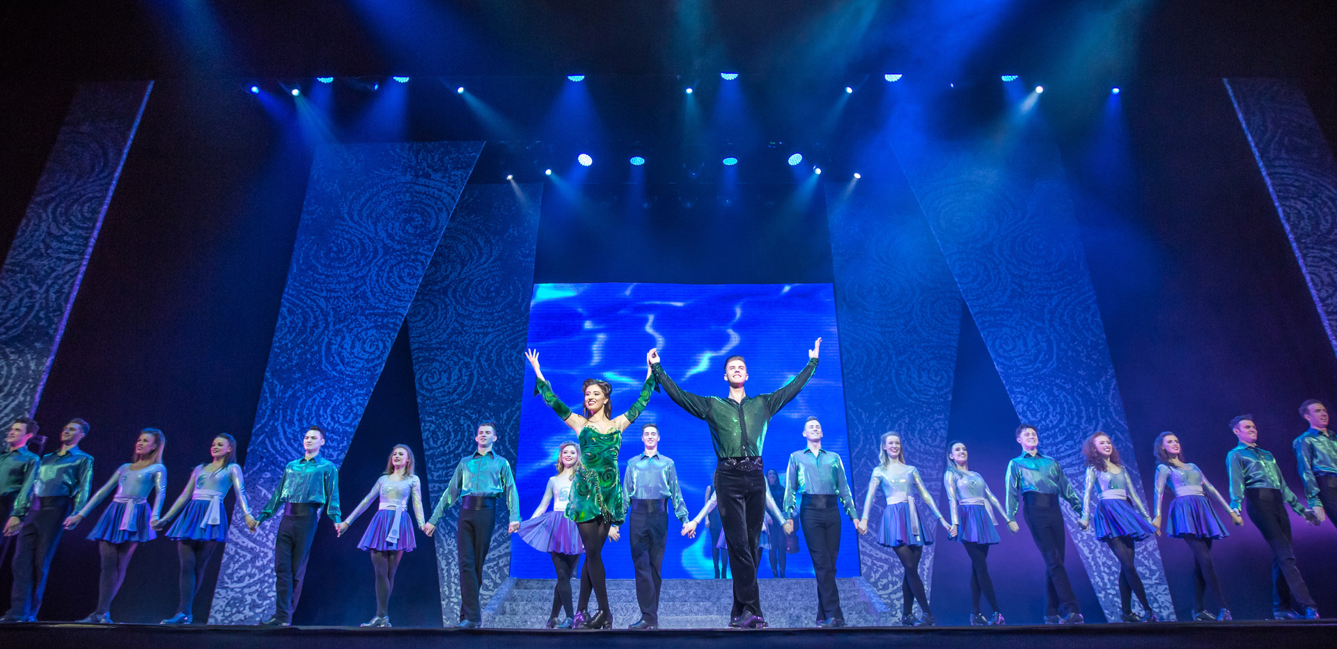 Riverdance Troupe and leads.jpg