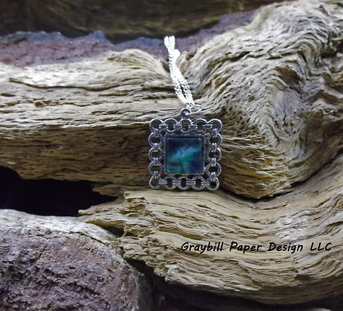 Link Style Square Pendant
