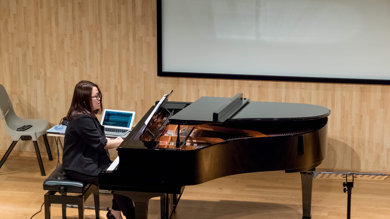 Ablinger-AngelaDavis(Voices & Piano)