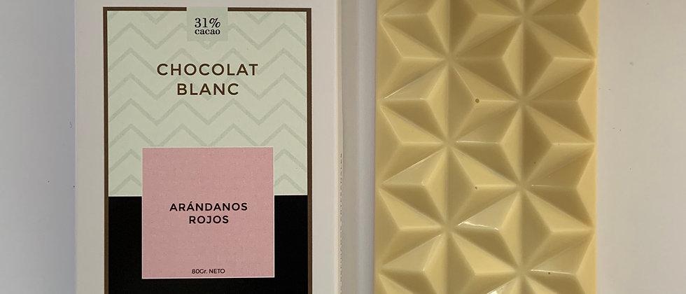 Chocolate blanco con arándanos rojos