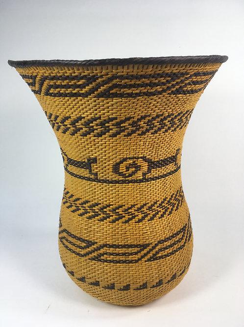 Wuwa Basket (medium; gold, black))