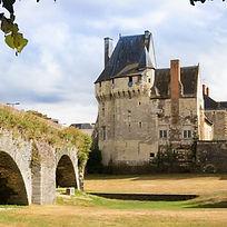 72_Château_Les Ponts-de-Cé_2002-2002.jpg