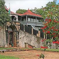 100_Palais d'Ambohimanga_Tananarive_1995