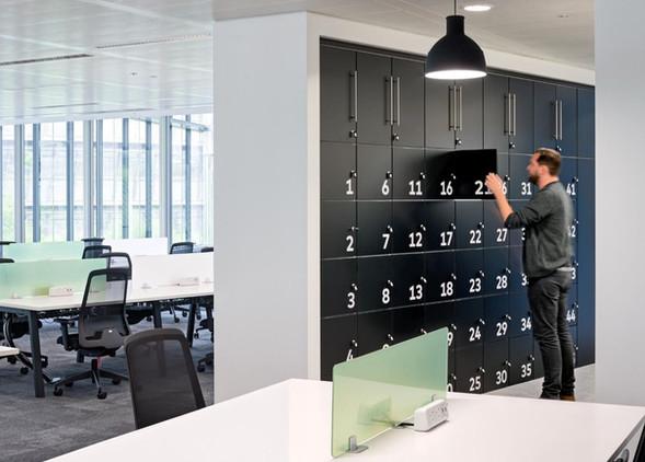 hotlocker-office-storage-furniture-5.jpg
