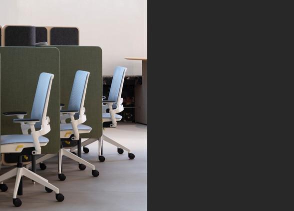 kirn-office-desks-office-chairs-3.jpg