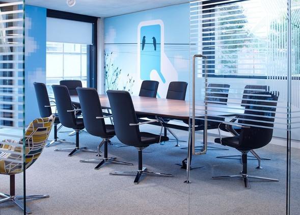 lano-meeting-furniture-2.jpg