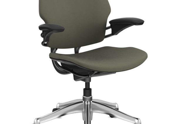 freedom-office-desks-office-chairs-2.jpg