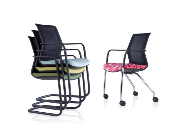 workday-meeting-furniture-2.jpg
